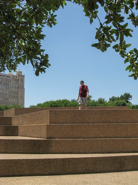 Brian climbing The Mountain in the Fort Worth Water Gardens