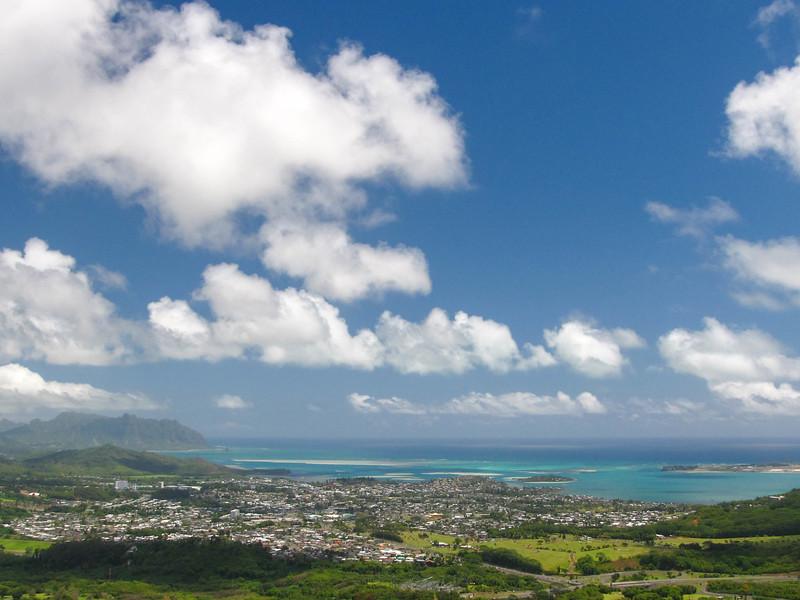 Old Pali Highway overlook on Oahu.