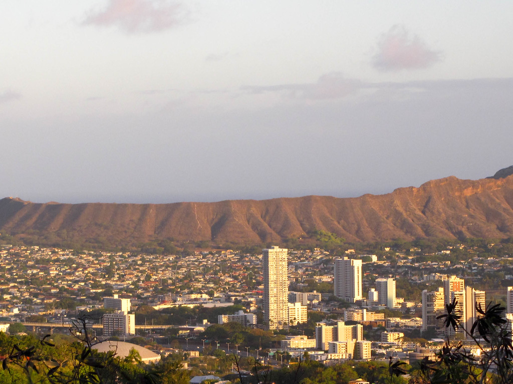 Honolulu and Diamond Head.