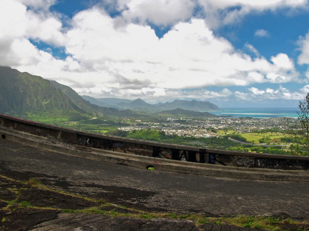 Old Pali Highway overlook on Oahu.