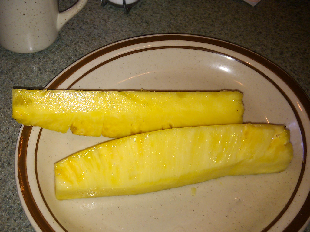 First breakfast in Hawaii, including the best pineapple in the world.