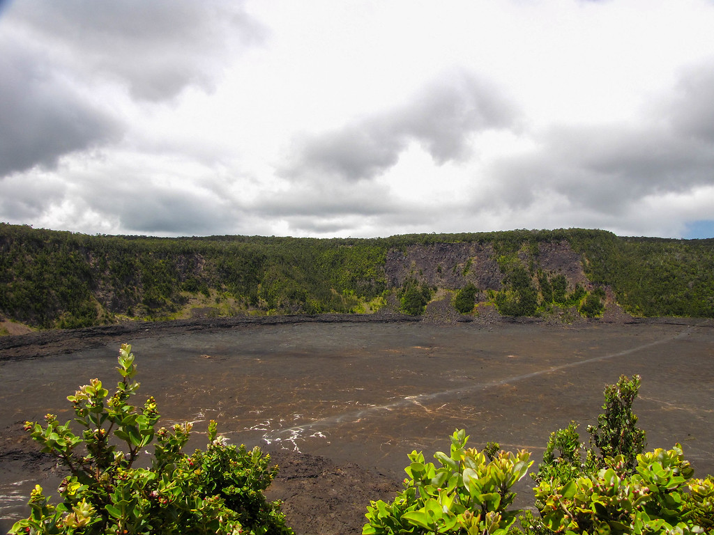 Kilauea Iki Crater, Hawaii Volcanoes National Park.