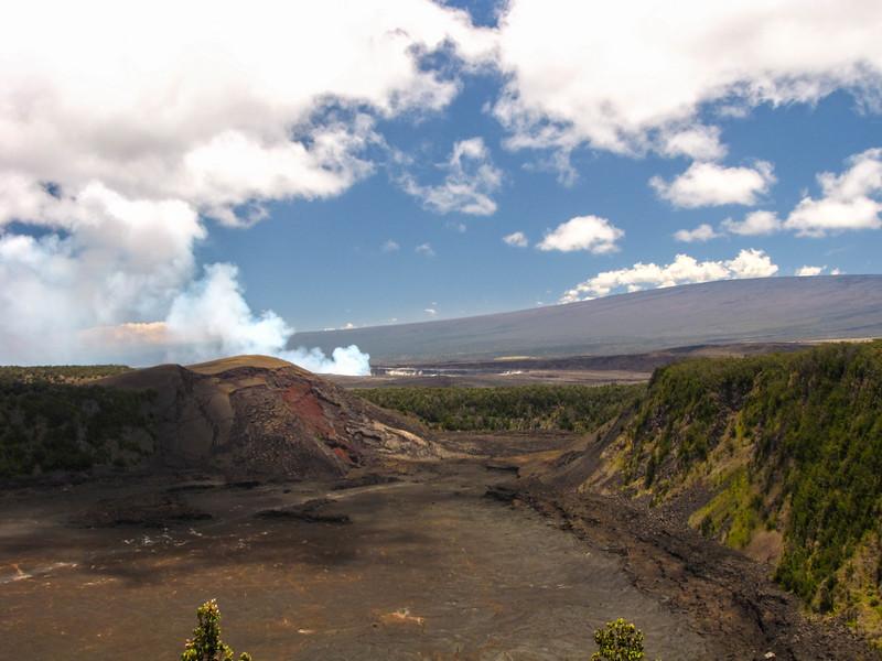 Kilauea Iki Crater, Hawaii Volcanoes National Park.