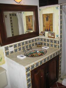 second_bathroom_2