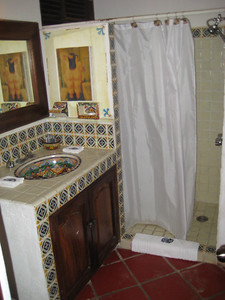 second_bathroom_3
