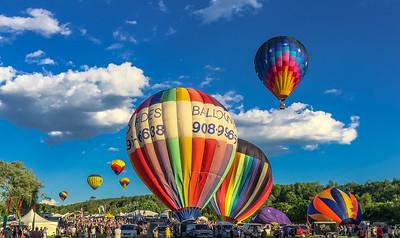 Mass Launch at the Quechee Balloon Festival