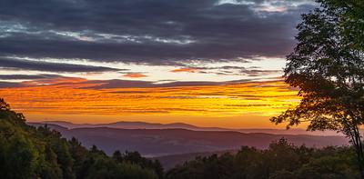 Sunrise over Eastern Peaks