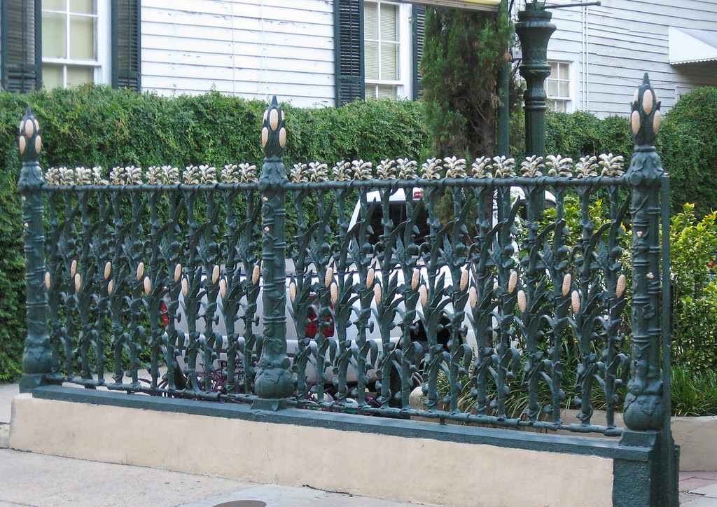 Cornstalk fence in front of the famous Cornstalk House Hotel