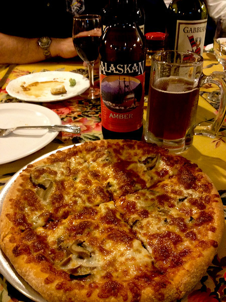 Dinner at Milanos. Yum!!