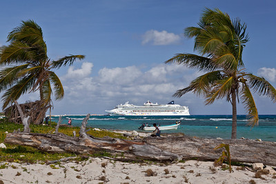Mahahual, Mexico The Norwegian Star sits at the dock in Costa Maya, as viewed from the beach in the village of Mahahual.