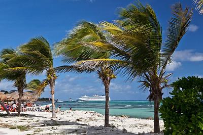 Mahahual, Mexico White sandy beaches of Mahahual.