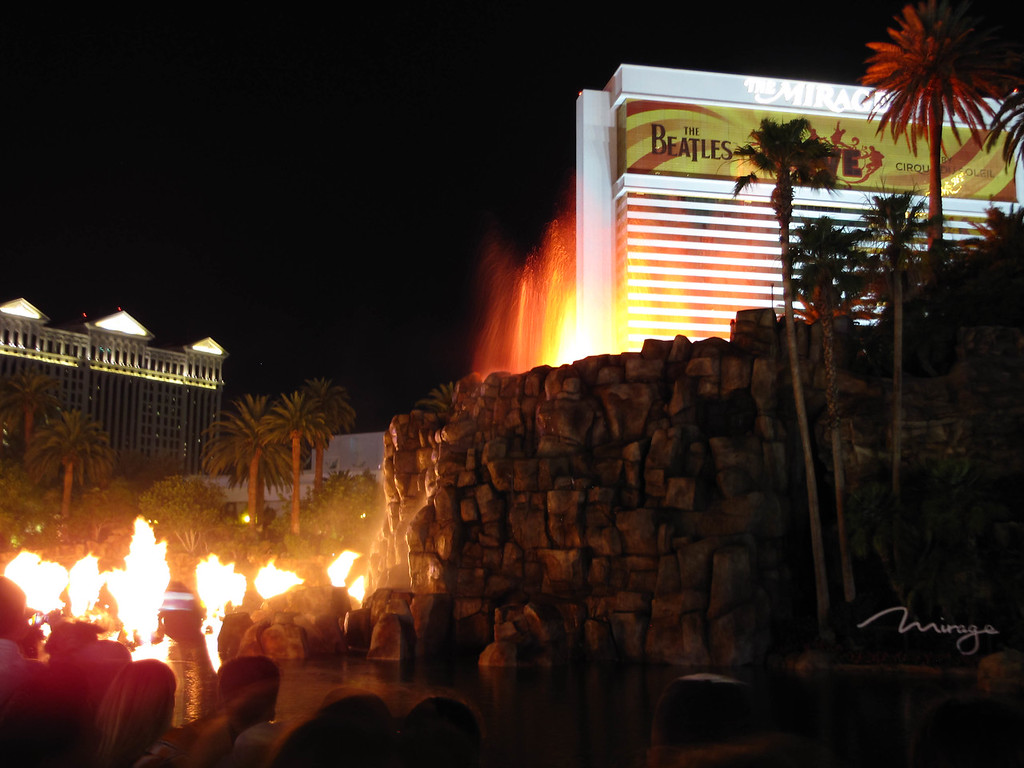 The volcano in front of The Mirage.