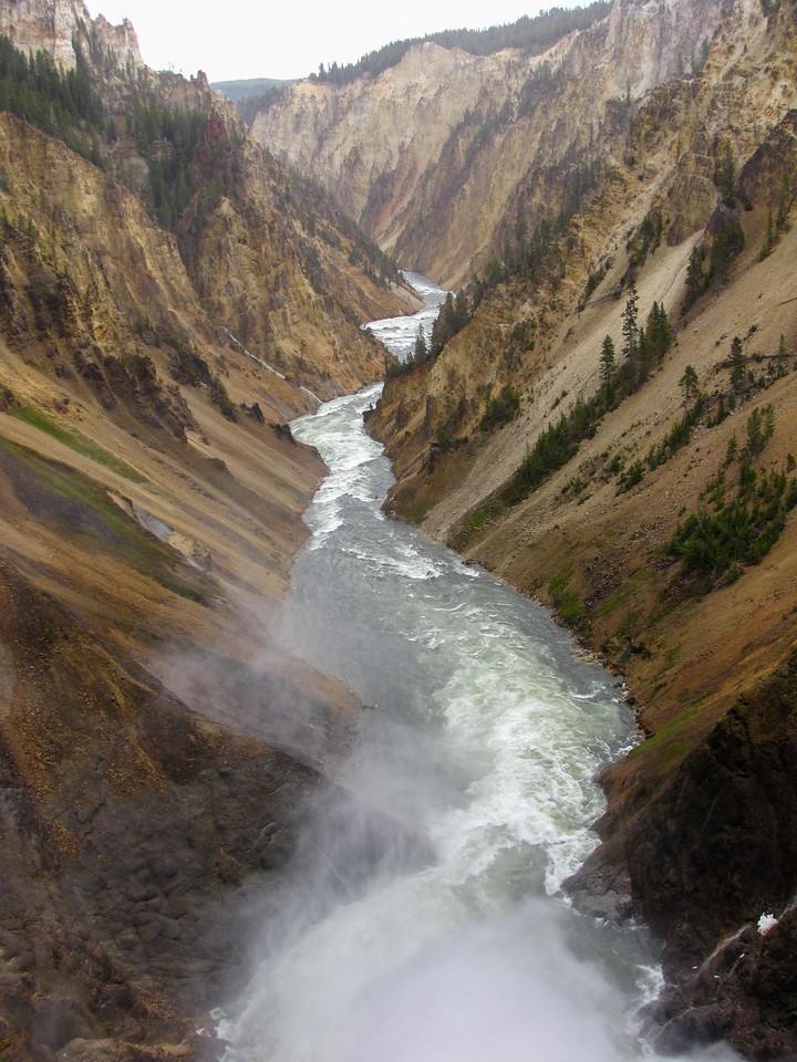 Canyon, Yellowstone River, Yellowstone National Park.