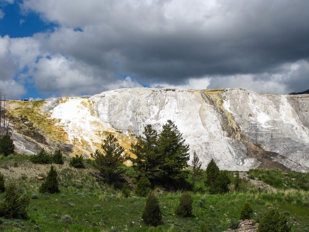 Mammoth Hot Springs, Yellowstone National Park.