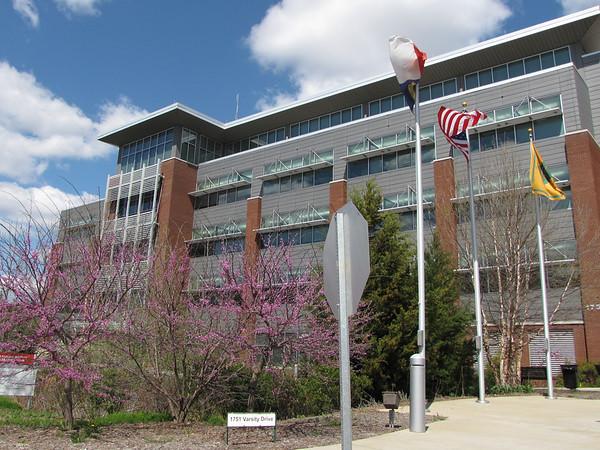 Raleigh, NC - Centennial Campus Center for Wildlife Education