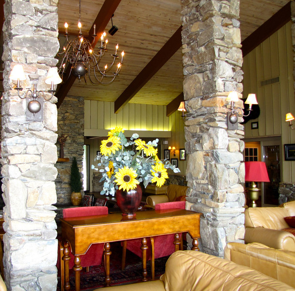 Lobby - Fontana Village Resort in Smoky Mountains, Fontana Dam, NC