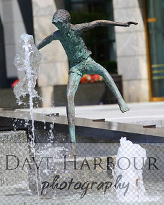Downtown Art, Wells Fargo Fountain, Statue, boy, fountain, Charlotte, Photo by Dave Harbour