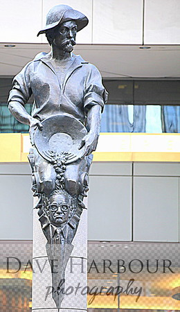 Independence Square-Commerce Statue-Charlotte-Photo by Dave Harbour