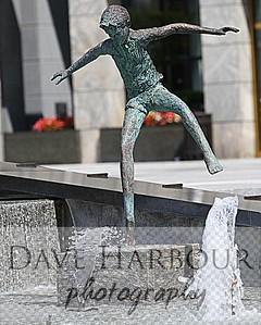 Downtown Art, Wells Fargo Fountain, HDR, Statue, boy, fountain, Charlotte, Photo by Dave Harbour