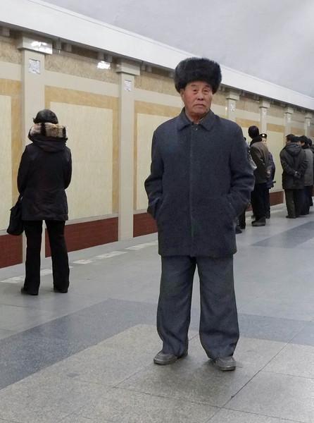 3167 Old man in Metro station