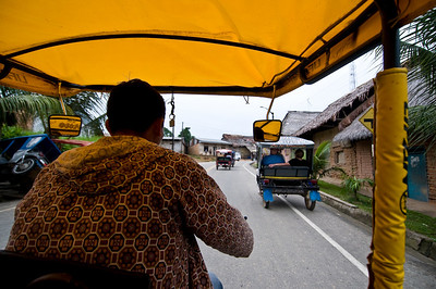 We were taken on a tuk tuk ride to show off the new 60 km road from Nauta to Iquitos. It was recently finished after many years of construction and delay. It is the only road in the area.
