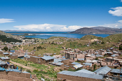 The town of Puno, with the islands in the background