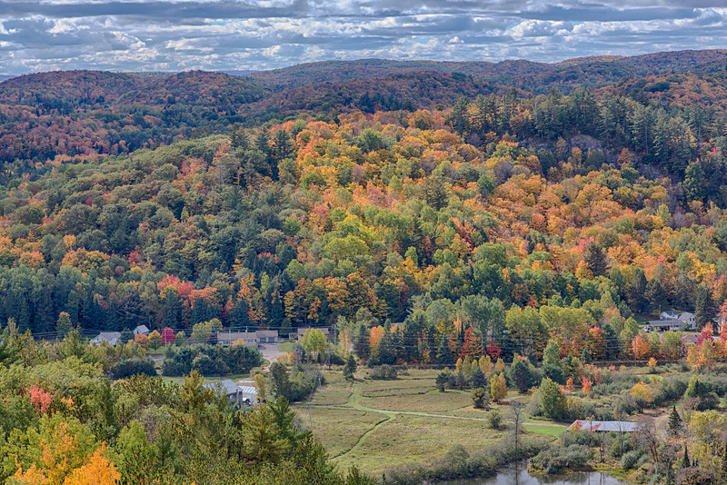 Fall foilage in Bancroft, Ontario from the Eagle's Nest. HDR efx balanced.