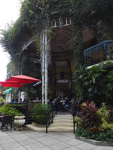 Naples - Terrace Old Navy Pub