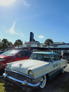 Fort Myers - A Packard at the Diner