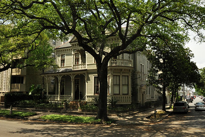 New Orleans - Eastlake Style House