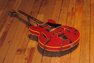 Tunica - 1965 Trini Lopez Gibson