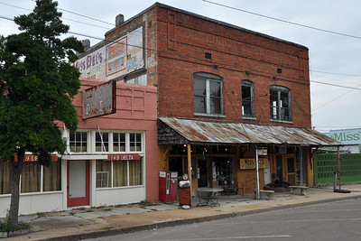 Clarksdale - At Miss Del's