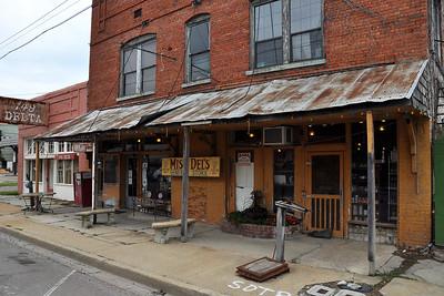 Clarksdale - Miss Del's General Store