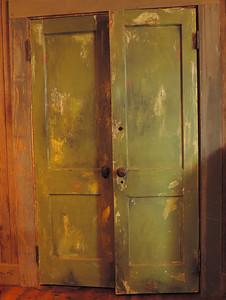 Tunica - Doors