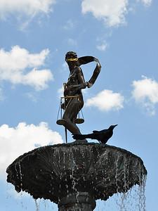 San Antonio - Naked Blinded Lady Versus Blackbird