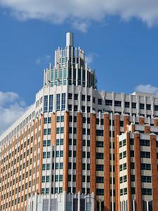 San Antonio - Subtle Architecture