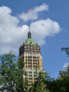 San Antonio - Tower Life Building