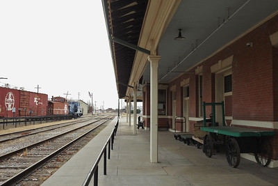 San Angelo - Waiting for a Train