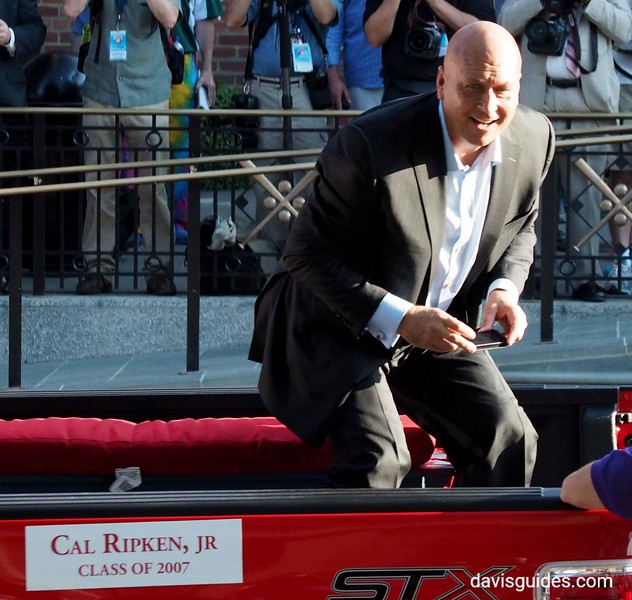 Cal Ripkin in Hall of Fame parade, Cooperstown