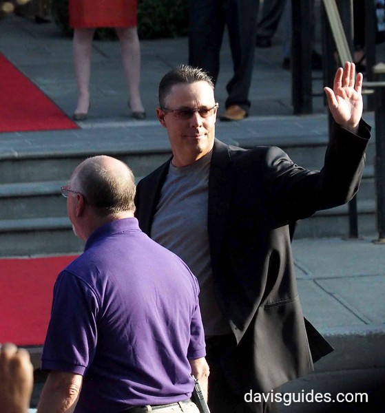 Greg Maddux at Hall of Fame parade, Cooperstown