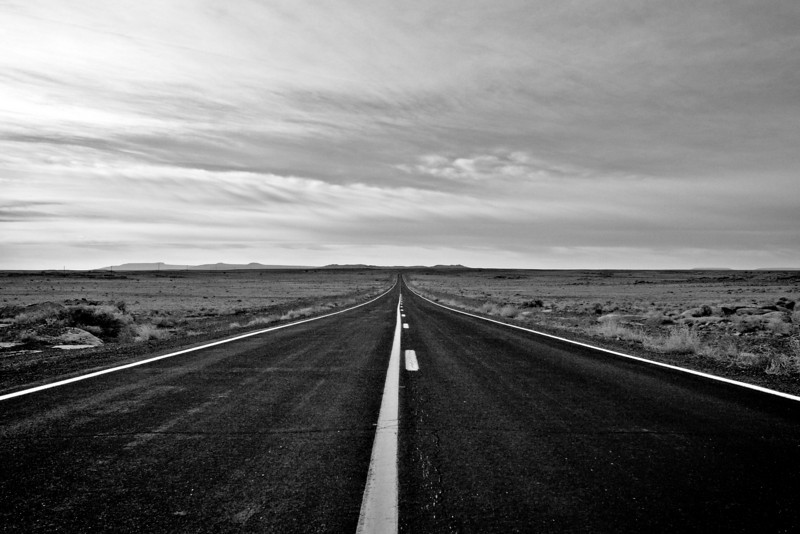 The only road to Meteor Crater
