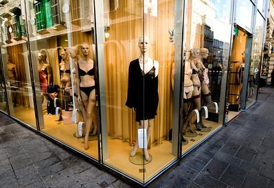 Split Mannequin- Vienna, Austria