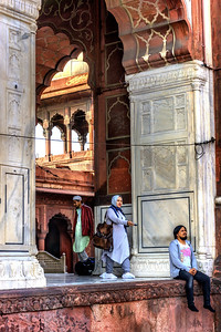 Worshipers at the Jama Masjid