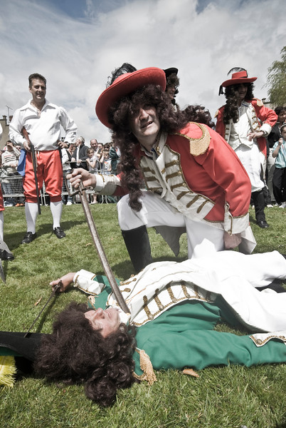 """The Battle of the Boyne between King William of Orange and King James is reinacted at the annual """"Sham Fight"""" Pageant celebrated at Scarva Co. Down on 13 July every year (5)"""