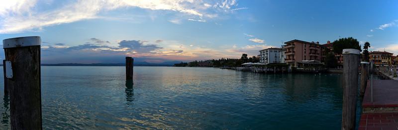 Sunset panorama. Sirmione. Lago di Garda