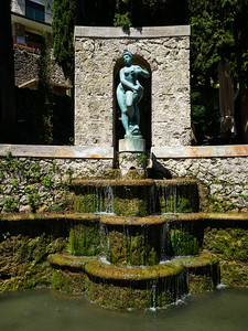 Fountain of the Delphin. Vittoriale degli Italiani. Gardone Riviera