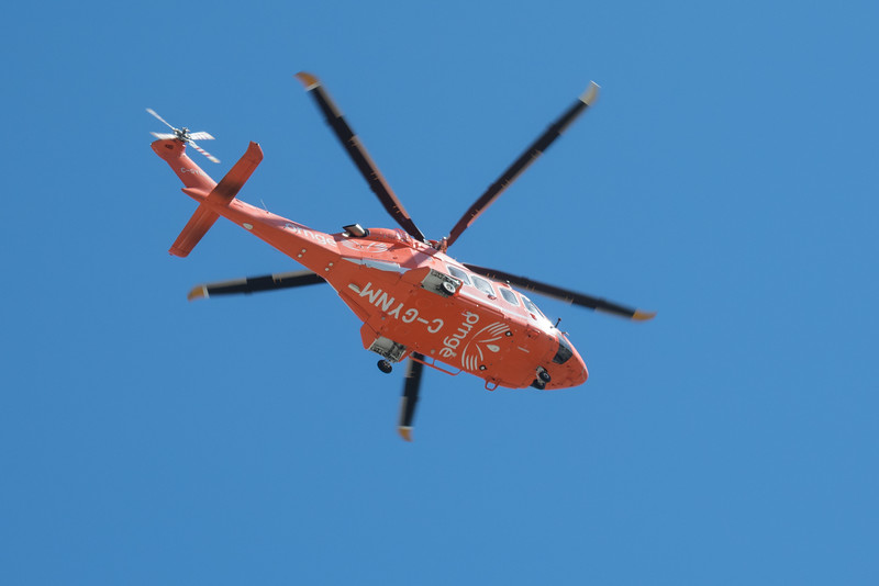 ORNGE ambulance helicoptere C-GYNM after take off from Health Sciences North in Sudbury.