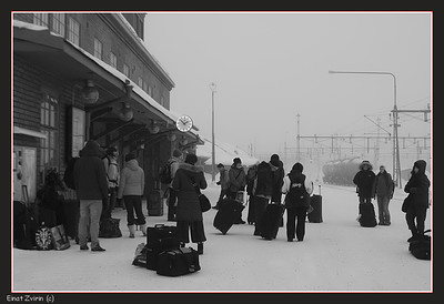 Waiting for the 10:30 train... Kiruna 2011