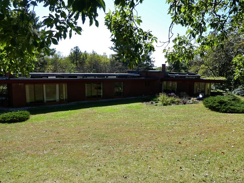 3880 - Cedar Rock State Park - Lowell Walter Residence designed by Frank Lloyd Wright - Iowa