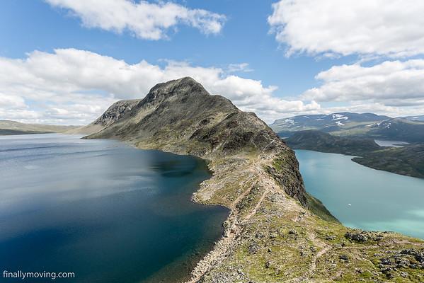 Besseggen ridge hike